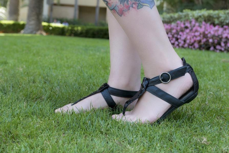 danielle-noce-look-dia-ootd-vestido-preto-florido-farm-1