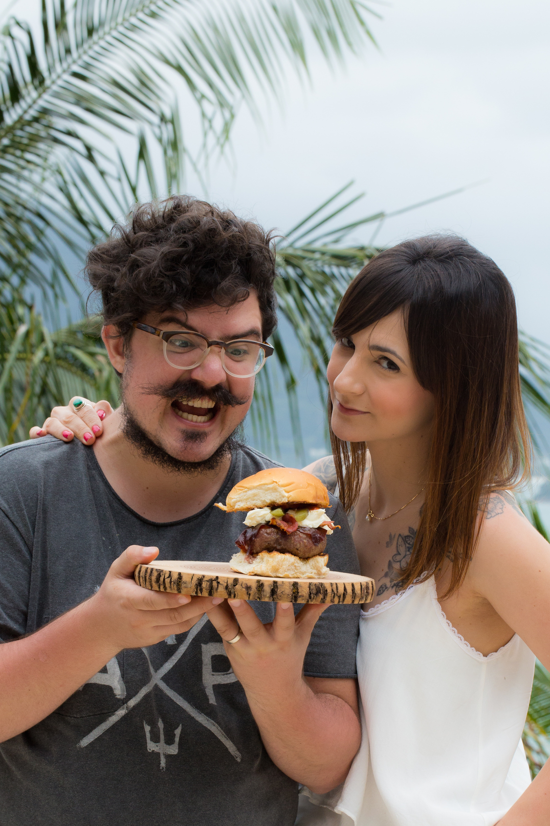 receita-hamburguer-bacon-sour-cream-jalapeno-dani-noce-hunts-3
