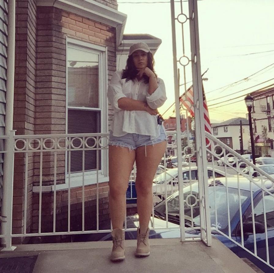 shorts-jeans-destroyed-rasgato-como-usar-danielle-noce-10