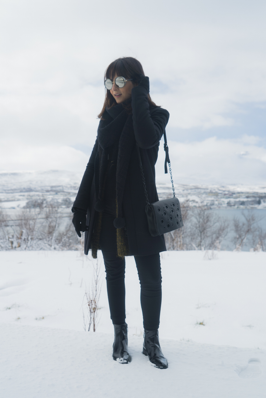paisagens-deslumbrantes-e-look-black-na-islandia-danielle-noce-4
