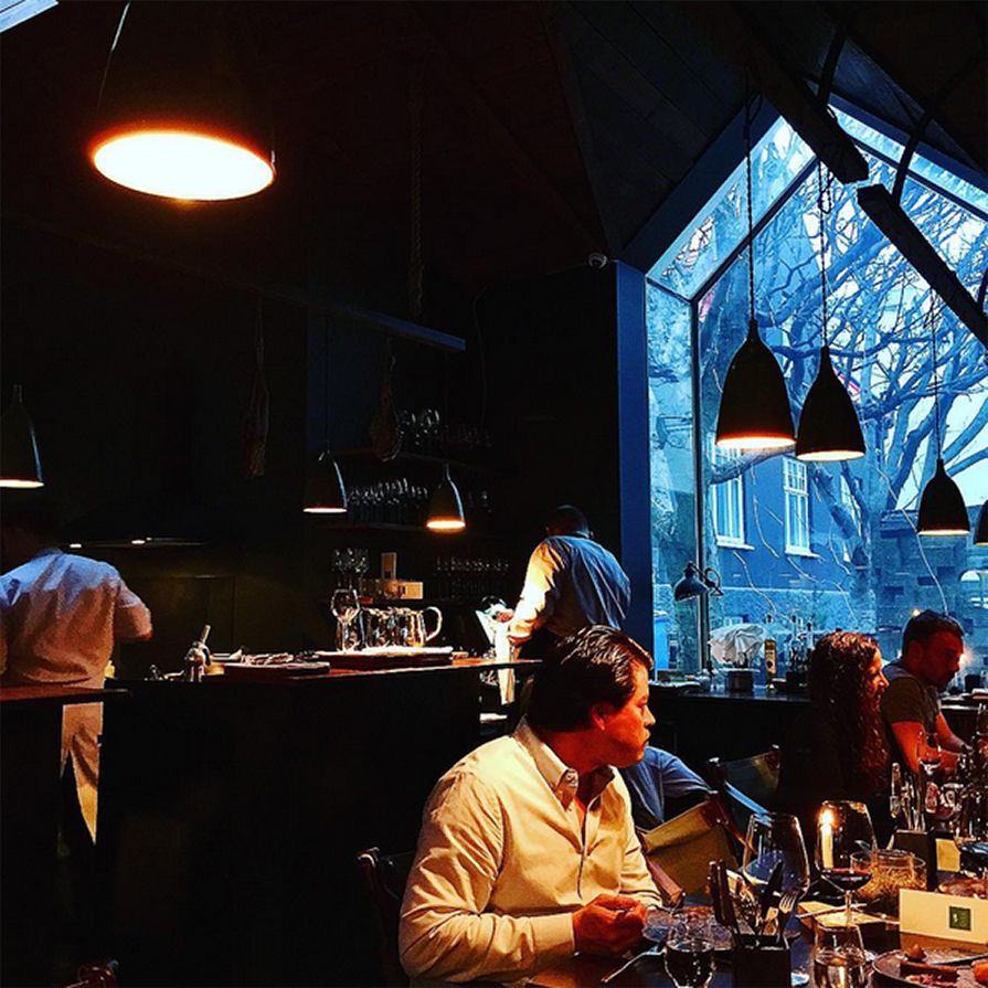 primeiro-dia-de-viagem-dani-e-paulo-islandia-kex-dill-restaurant-danielle-noce-1