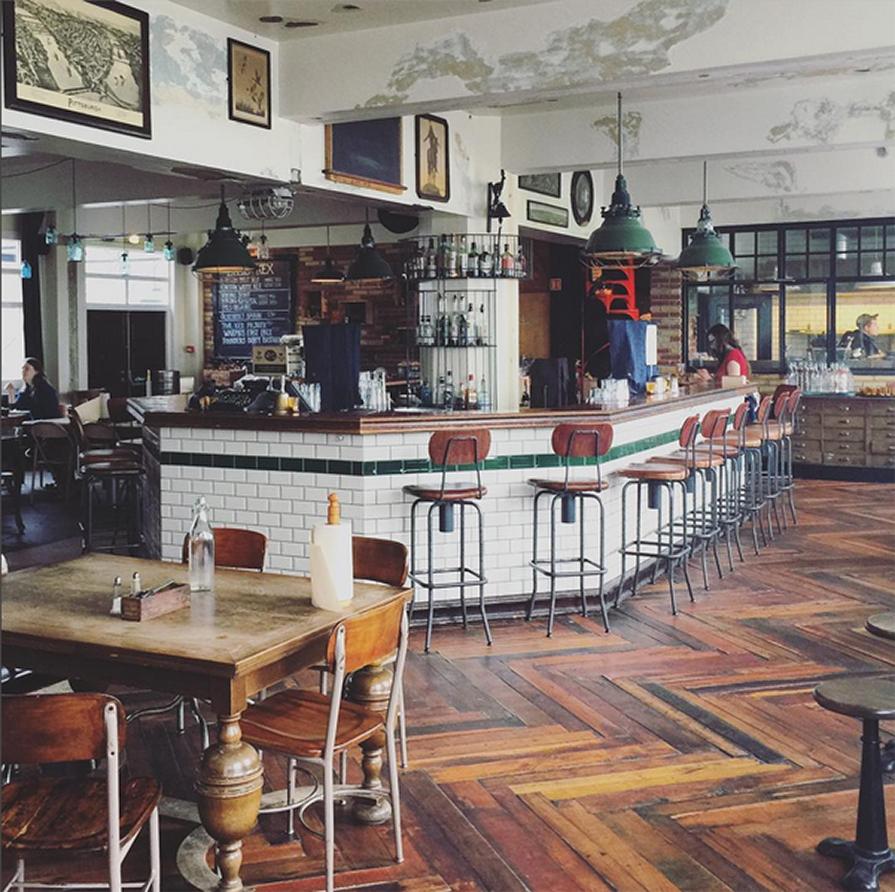 primeiro-dia-de-viagem-dani-e-paulo-islandia-kex-dill-restaurant-danielle-noce-3