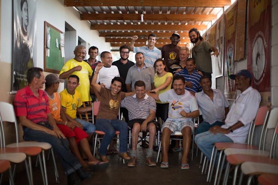 greenpeace-brasil-traga-o-sol-a-quem-precisa-danielle-noce-0