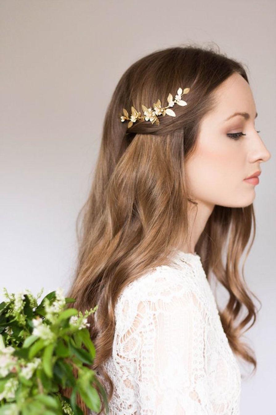 Acessórios para cabelo. likes. Acessórios para cabelo, faixas de cabelo para bebês, tiaras, laços e flores de todos os tipos. Encomendas inbox.