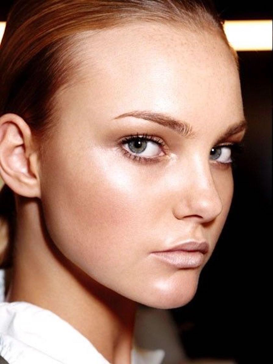 pele-iluminada-strobing-maquiagem-danielle-noce-1