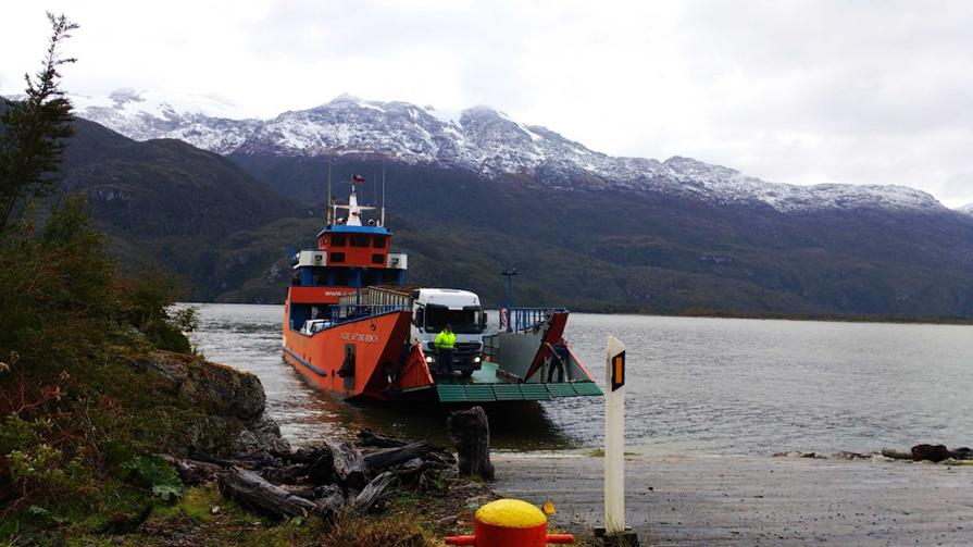 informacoes-sobre-balsas-barcazas-carretera-austral-danielle-noce-5