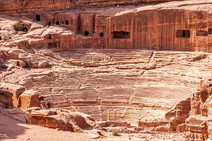 mais-sobre-a-cidade-de-petra-jordania-viagem-danielle-noce-5