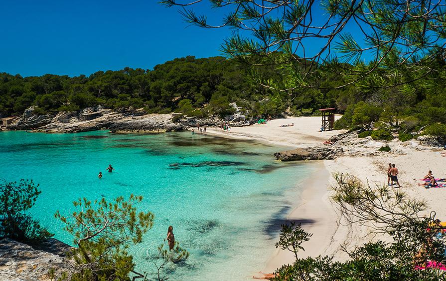 melhores-praias-de-menorca-onde-ir-danielle-noce-5