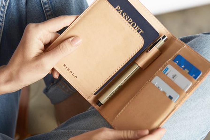 sem-perrengue-organize-os-documentos-antes-da-viagem-danielle-noce-imagem-destaque