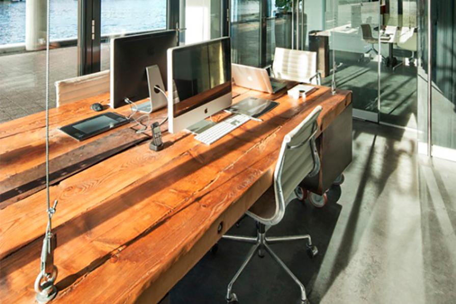 charme-no-escritorio-mesas-suspensas-cabos-de-aco-corrente-couro-danielle-noce-decor-imagem-destaque