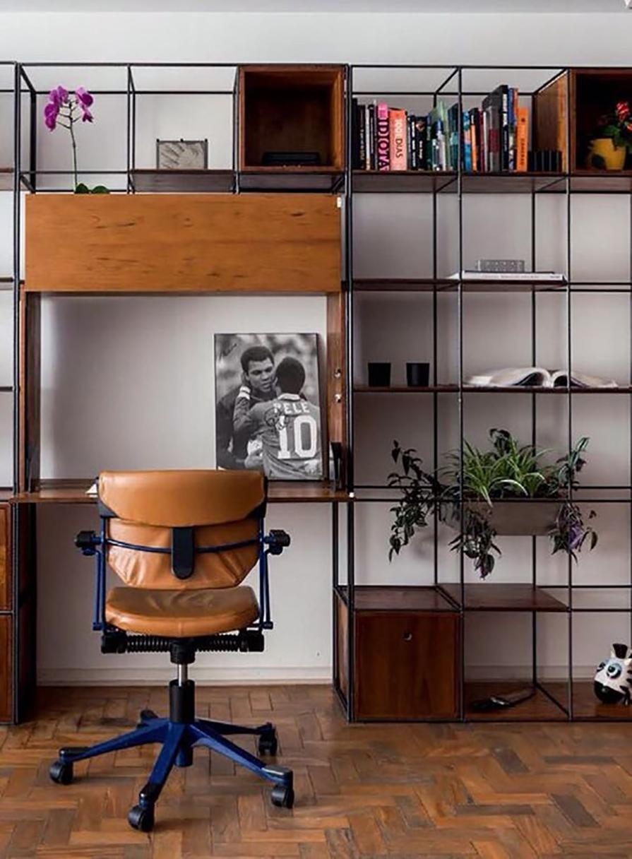 estante-modular-vergalhao-ferro-e-madeira-decoracao-danielle-noce-1