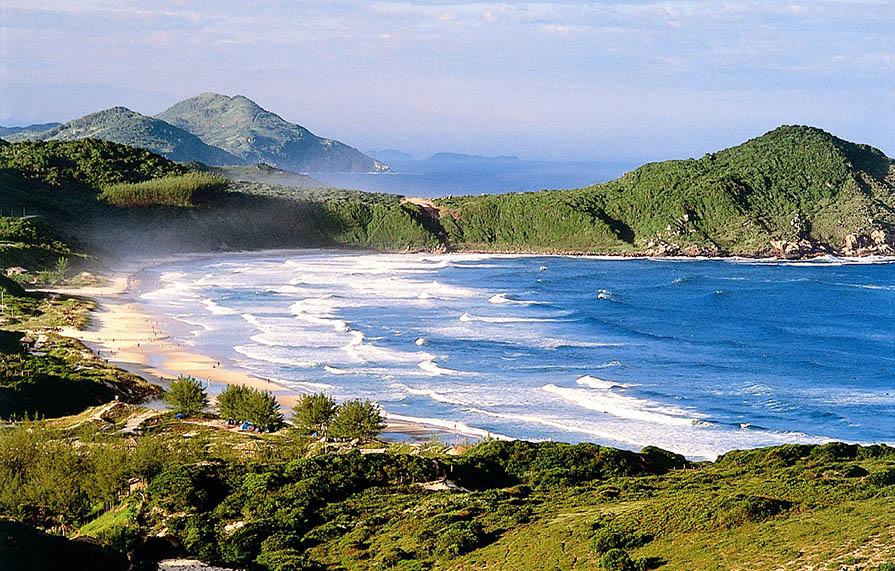 itoral-catarinense-5-lugares-incriveis-para-viajar-no-verao-danielle-noce-5