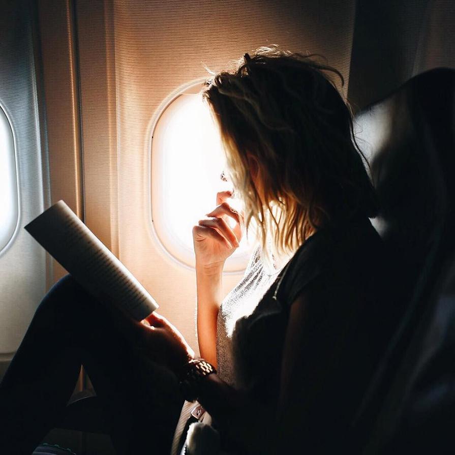 top-5-produtos-essenciais-para-voos-longos-danielle-noce-5